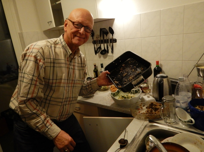 Back in Bonn for Thanksgiving with my dishwasher from US :)